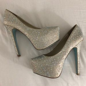 Betsy Johnson 'Wish' Pumps size 8 1/2